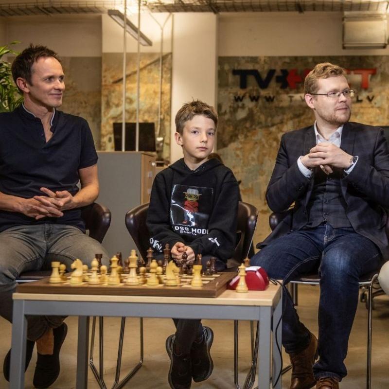 Šahs un mats: Saruna par vairāku līmeņu domāšanu un tās pārbaude praksē