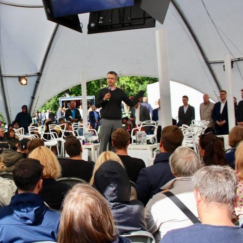 """Viktorīna, komandu spēle un sarunas """"Ārpolitikas čempionāts 2019: politiķi pret politiķiem"""""""