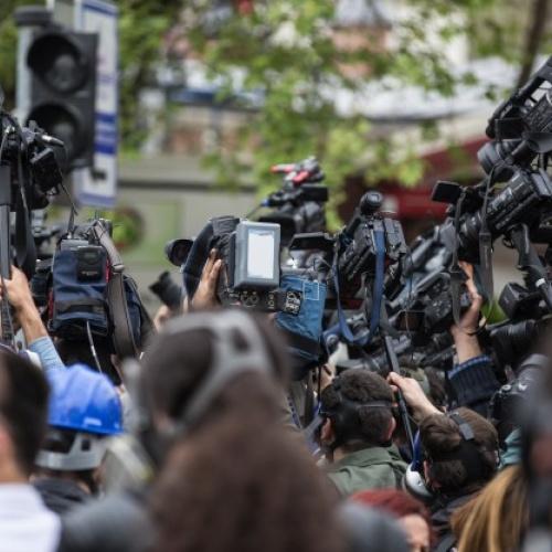 """Diskusija """"Vai uzticamies medijiem, vai uzticamies žurnālistam?"""""""