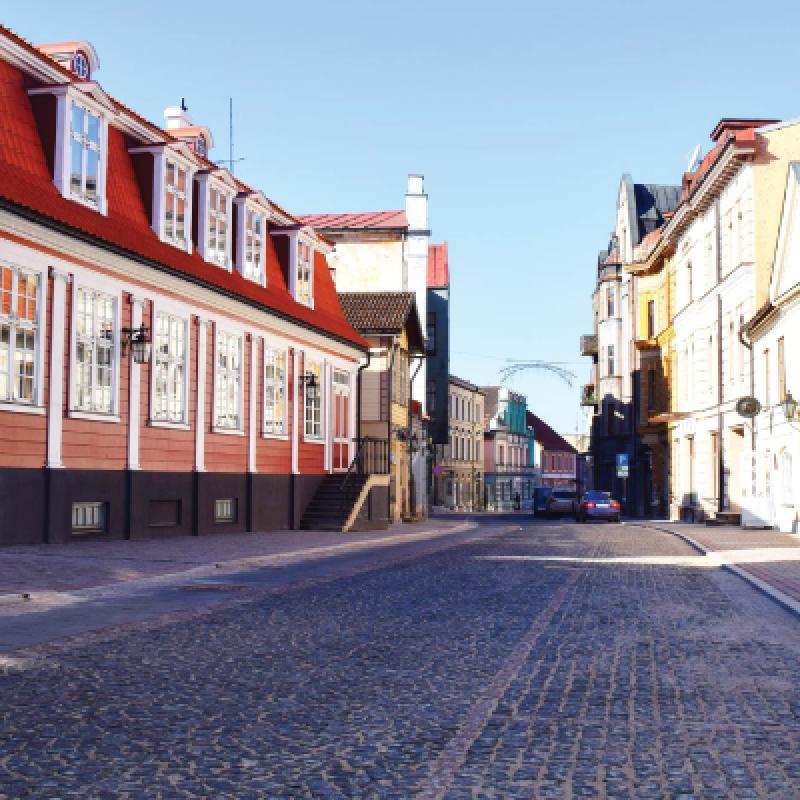"""Paneļdiskusija """"Rīgas iela Cēsīs – vai tai jākļūst par gājēju ielu?"""""""