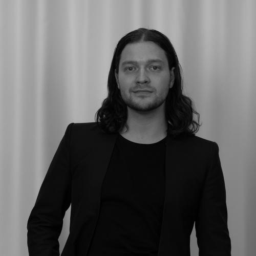 Deniss Ševeļovs