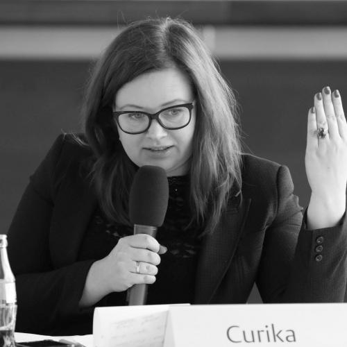 Linda Curika